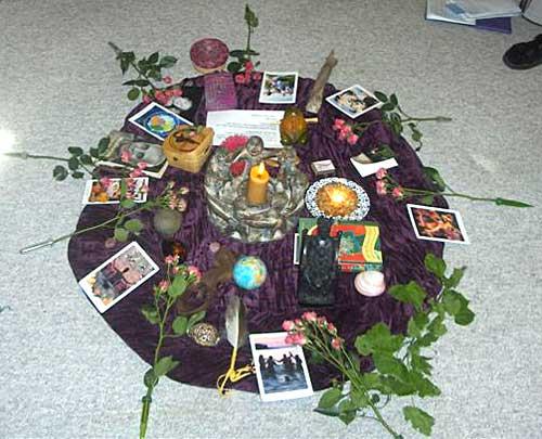 Circle-altar
