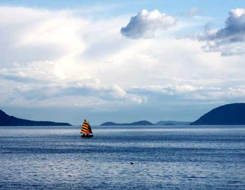 Sailboat-islands